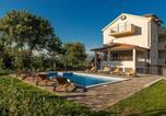 Location vacances Trilj - Deluxe Villa Golubica w/ Swimming pool-4