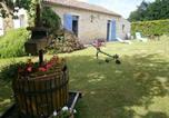 Location vacances Saint-Hilaire-le-Vouhis - Gite La Petite Folie-2
