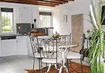 Location vacances  Essonne - Holiday home Soisy Sur Ecole Op-1394-3