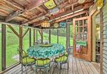 Location vacances Brattleboro - Rustic-Chic Cottage with Yard and Grill - Near Hiking!-2
