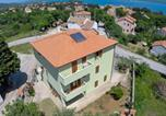 Location vacances Nerezine - Apartments and rooms with parking space Nerezine, Losinj - 2506-1