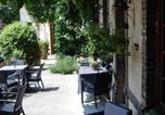 Hôtel Sacquenville - Hotel Restaurant Le Cygne-4