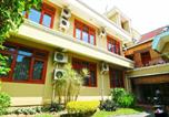 Location vacances Malang - Armyn Luxury Guest House-4