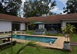 Location vacances  Zimbabwe - The Crown Inn Guest House-2