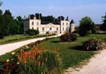 Location vacances Vayres - La France - Gite Chateau-3