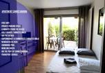 Location vacances Mandelieu-la-Napoule - Studio Cannes Marina-1