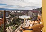 Location vacances Dugi Rat - Apartment Dugi Rat with Sea View Ii-1