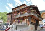 Location vacances Grächen - Spacious Apartment in Grachen with Skiing Nearby-2