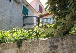 Location vacances Trogir - Apartments and rooms by the sea Trogir - 16844-1