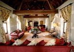 Hôtel 4 étoiles Vault-de-Lugny - Abbaye de la Bussière-4
