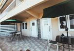Location vacances Nea Kallikratia - Pirates Rooms 3-4