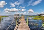 Location vacances De Land - B K s Hideaway - Lakefront Pierson Home with Dock-3