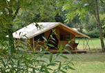 Camping avec Piscine couverte / chauffée Parcoul - Camping Le Petit Lion des Tourbières-2