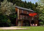 Location vacances La Roche-en-Ardenne - Duplex Chalet in Rendeux with parking and garden with forets views-1