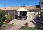 Location vacances Saint-Aubin-du-Plain - Gîte à la Campagne à 30 mn du Puy du Fou-1