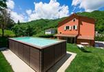 Location vacances Mercatello sul Metauro - Pretty holiday home in Borgo Pace with a terrace and bbq-2