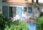 Location vacances  Val-de-Marne - Appartement La Palmyre, 3 pièces, 5 personnes - Fr-1-305b-33-1