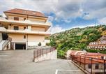 Location vacances  Ville métropolitaine de Messine - Apartments Letojanni - Isi01100f-Cyc-3