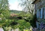 Location vacances Pouy-de-Touges - Chambres d'hôtes Les Pesques-4