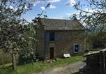 Location vacances Saint-Georges-de-Luzençon - Gîte Viala-du-Tarn, 4 pièces, 6 personnes - Fr-1-601-340-2