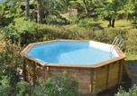 Location vacances  Aveyron - Two-Bedroom Holiday Home in Saujac-4