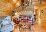 Location vacances Dillard - Scenic Hideaway-3