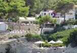 Hôtel Αγκιστρι - Rosys Little Village-1