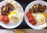 Location vacances Tillsonburg - Little Paris Bed and Breakfast-1