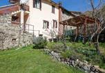 Location vacances Berceto - Apartment with one bedroom in Villa di Sotto with wonderful mountain view enclosed garden and Wifi 25 km from the slopes-1