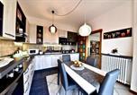 Location vacances  Province de Monza et de la Brianza - Modern- family apartment halfway between Milano and Como-4