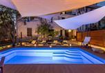 Hôtel Split - Evala luxury rooms with pool and garden-4