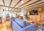 Location vacances Ludlow - Renovated Farmhouse Less Than 1 Mi to Okemo Mountain!-1