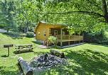 Location vacances Bryson City - Bryson City Cabin w/Hot Tub & Fire Pit on Creek!-2