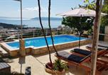 Location vacances Makarska - Apartments and rooms with a swimming pool Makarska - 6643-4