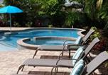 Location vacances Holmes Beach - 4 Bed 3 Bath Bungalow Heated Pool and Spa Bikes Kayaks free Wifi-1