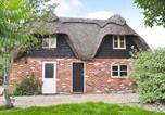 Location vacances Burley - Walnut Tree Cottage-1