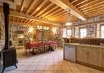 Location vacances Ambert - Gîte Saint-Just-en-Bas, 4 pièces, 6 personnes - Fr-1-496-19-4