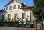 Location vacances Sopron - Hét Pecsét Fogadó Étterem-1