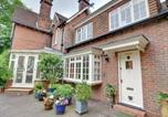 Location vacances Hartfield - Charming Holiday Home in in Tunbridge Wells near Golf Course-1