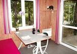 Location vacances  Rhône - Holiday home Les Portes Du Beaujolais 1-4