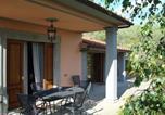 Location vacances  Province de Pistoia - Countryside Villa in Pistoia with Private Pool-3