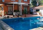 Location vacances Huétor Vega - Villa Huetor , Magnifico chalet junto a sierra Nevada-1