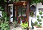 Location vacances Montaigu-le-Blin - Chambres d'Hôtes des Caissons-3