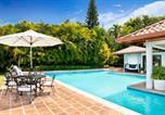 Location vacances La Romana - Captivating 5-Bedroom Villa in Casa de Camporesort-3