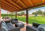 Location vacances Montalto di Castro - Stunning home in Montalto di Castro w/ Outdoor swimming pool and 4 Bedrooms-2