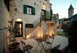 Location vacances Trogir - Apartments and rooms Lan-1