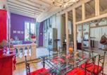Location vacances  Yonne - Le logis de Lancelot Elegant home City Center-1