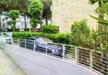 Location vacances  Province de Ravenne - Casa con giardino-3