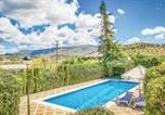 Location vacances El Saucejo - Nice home in Olvera w/ Outdoor swimming pool, Wifi and Outdoor swimming pool-1