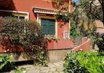 Location vacances  Province de La Spezia - Bilocali con Giardino Via Sivori-1